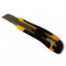 Нож  усиленный с отломным лезвием, 18мм, прорезиненная ручка HT-Tools